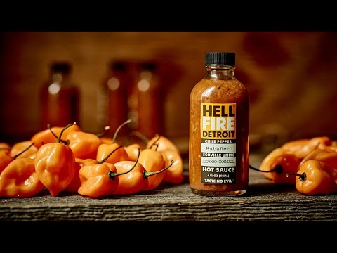 "Hell Fire Detroit ""Habanero"" Hot Sauce Review"