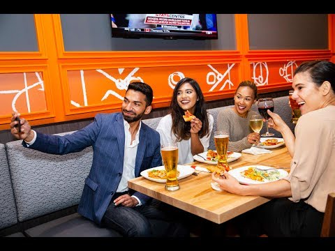 Holiday Parties At Boston Pizza Clifton Hill