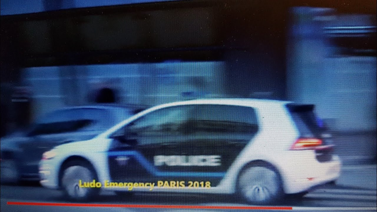 nouvelle voiture de police paris en urgence avec sir ne am ricaine youtube. Black Bedroom Furniture Sets. Home Design Ideas