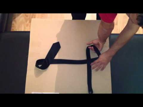 faire un noeud de cravate astuce style youtube. Black Bedroom Furniture Sets. Home Design Ideas