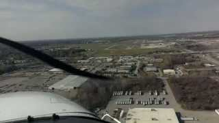 Cessna 172SP Landing at Flint Bishop with 24 Knot Crosswind!