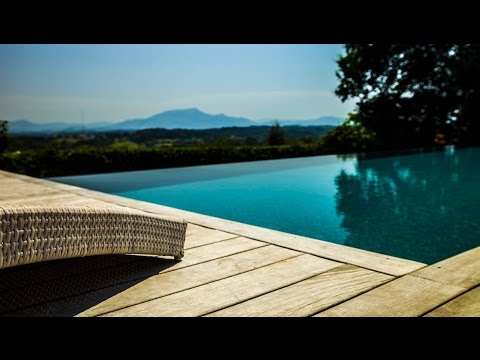 Villa Panorama, Luxury Vacation Rental with Pool near BIARRITZ, South West of France