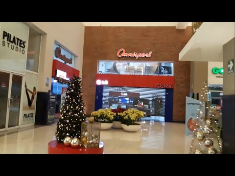 Centro Comercial El Paseo, Escalón,San Salvador, El Salvador (THE MEDIA WILL NEVER SHOW THIS)