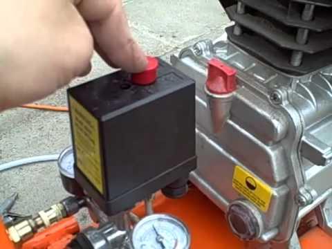 Kompresszor használata, szervizelése - Compressor use and service.