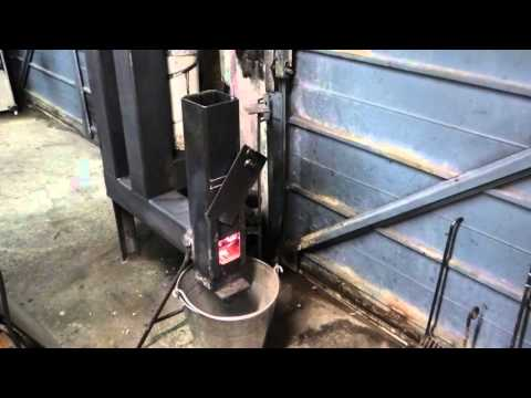 Gravity fed rocket heater pellet stove can also burn w for Homemade rocket stove plans