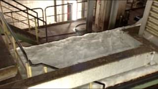 Herstellung von URSA Glaswolle Dämmstoffen