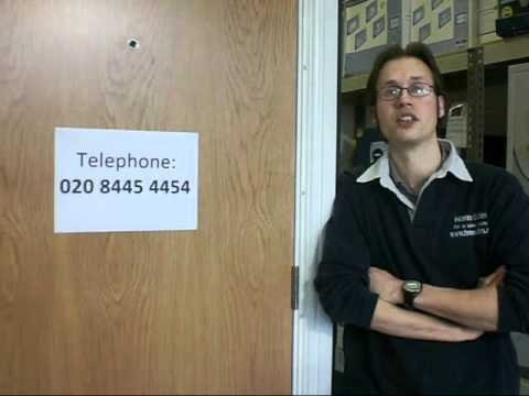 Locksmith in London CALL 020 8445 4454