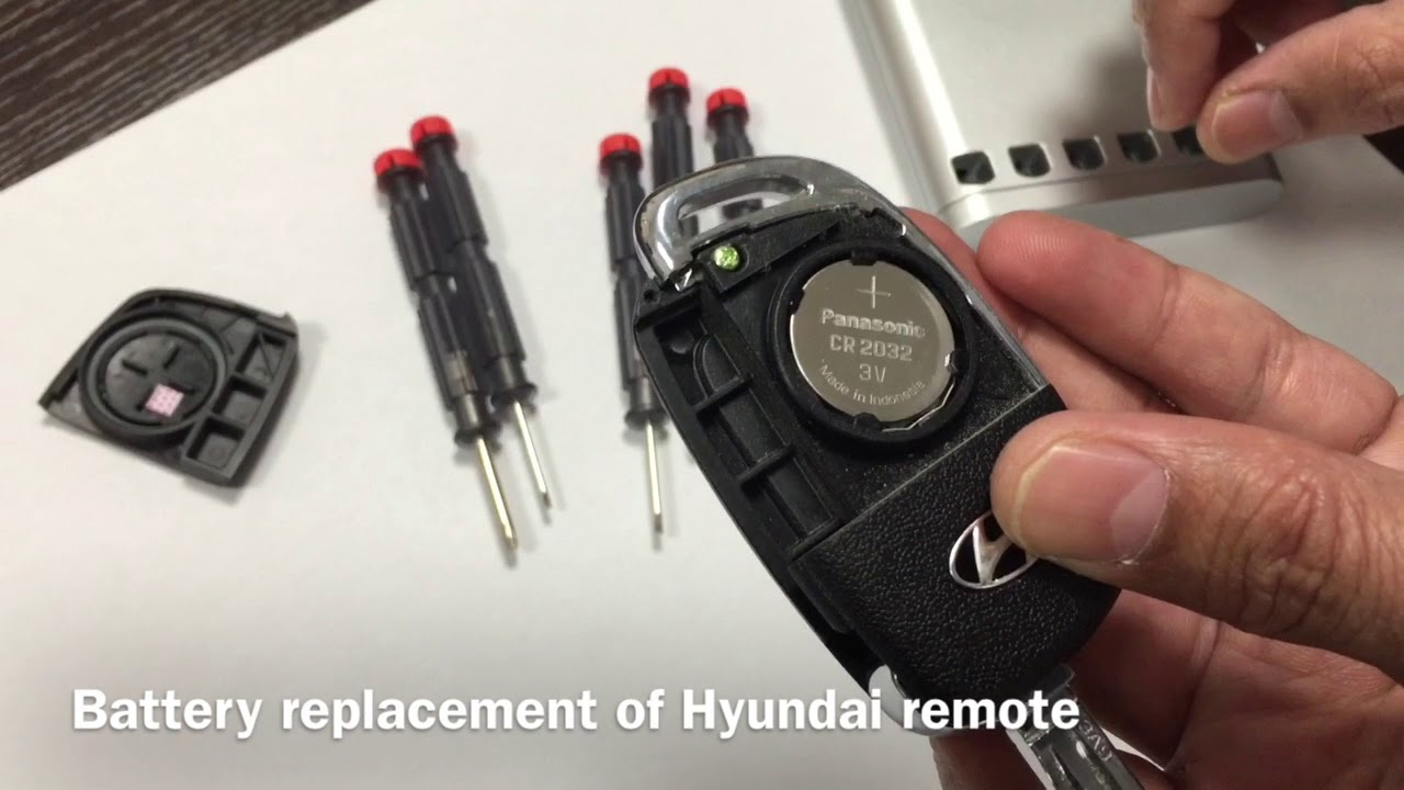 How To Replace 2017 Hyundai Elantra Remote Battery Youtube