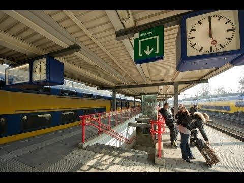 Train Travel: ROTTERDAM ~ Vangelis&Vanessa-Mae / Alexander