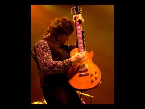 Клип Gary Moore - Spanish Guitar