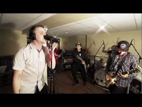 LIONS LIONS - Locked Out Of Heaven (Bruno Mars cover)
