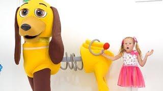 Stacy y papá - La historia de un perro de juguete mágico
