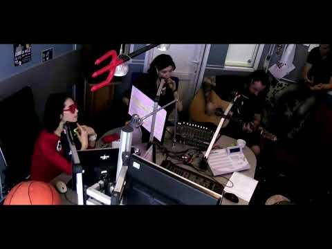 Adam Gontier - Better Place (Acoustic) @ Radio MAXIMUM, Moscow, Russia 13 Nov. 2017