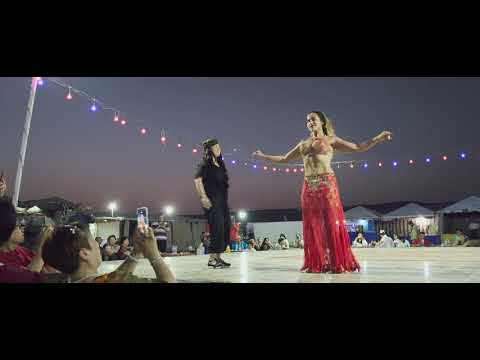 SONY Xperia 1 Cinema pro 4k HDR BELLY Dancer on Dubai/Oman border