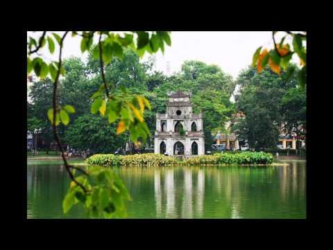 Explore the shores of Hoan Kiem Lake Hanoi