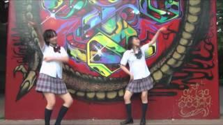 Repeat youtube video (MIRRORED)【あすかときょうか】Ochame Kinou おちゃめ機能を双子で踊ってみた