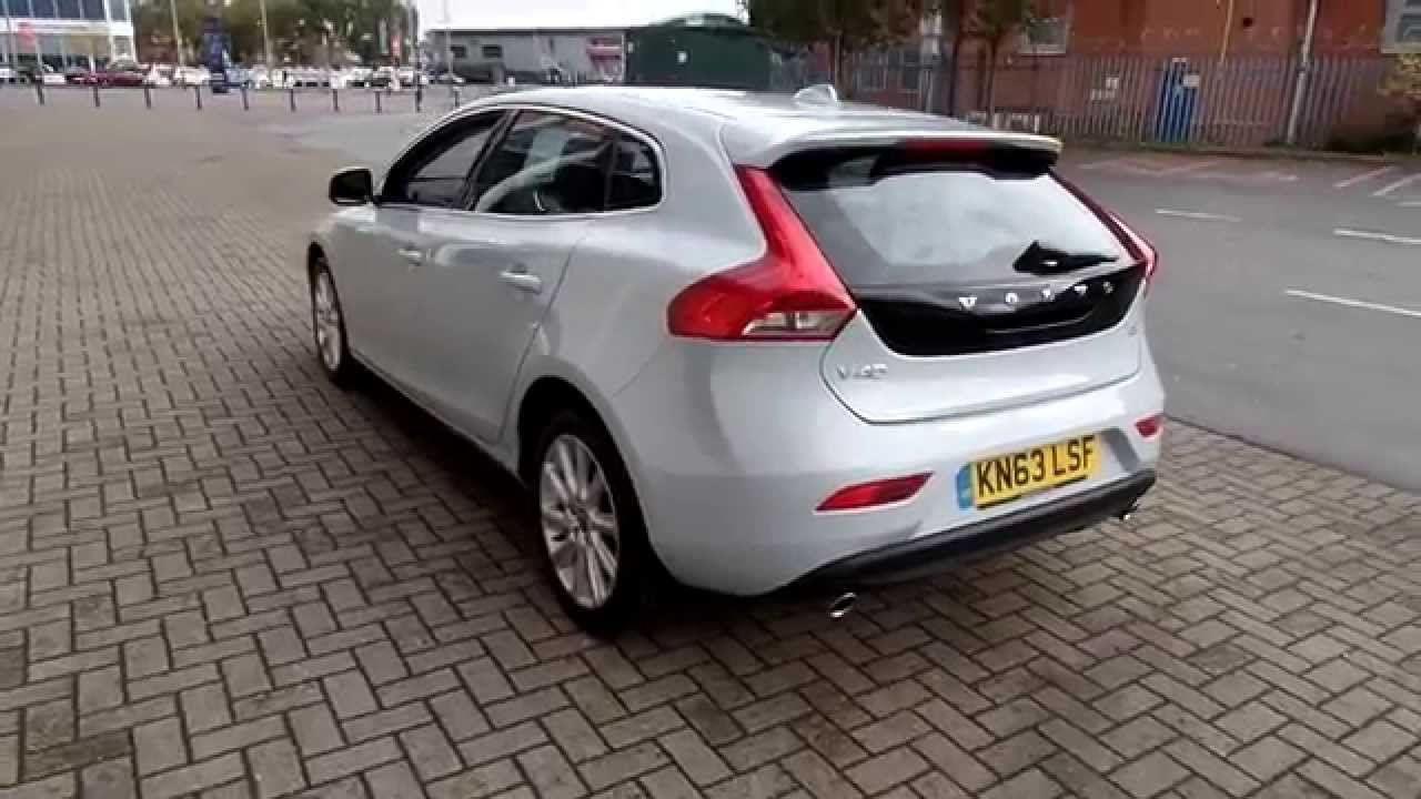 volvo v40 d3 se lux nav in misty blue youtube. Black Bedroom Furniture Sets. Home Design Ideas