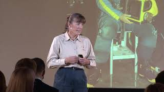 Space presentation by retired NASA Astronaut and USN Captain Heidemarie Stefanyshyn-Piper