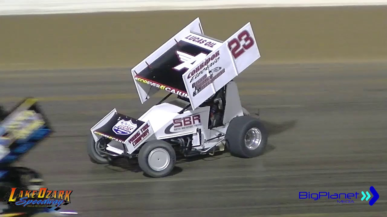 Dirt Track Racing Lake Ozark Speedway 360 Sprints 4-20-19 Race #1