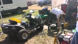 24h  tracteurs tondeuses Les mécaniques culbutées.