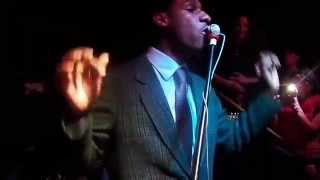 "348 Leon Bridges ""Brown Skin Girl"" Live at the White Water Tavern"