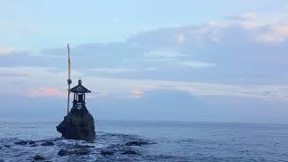【インドネシアペニダ島からアグン山をのぞむ】
