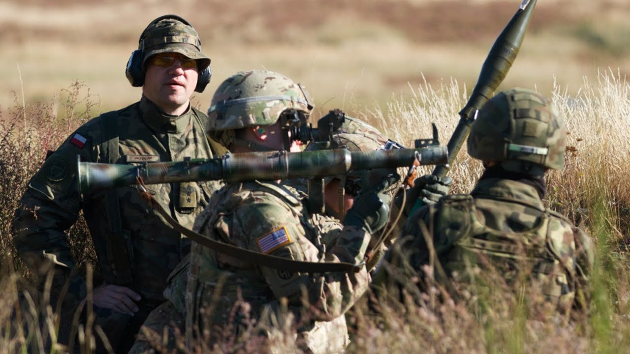 U.S. Paratroopers Fire Polish RPGs