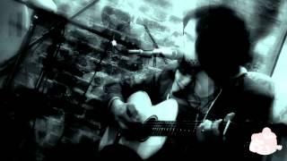 Acoustic Lodge: David Berkeley - Fire In My Head live 11/04/2013 New York City