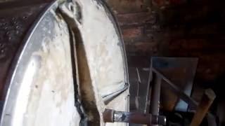 ремонт стиральной машины BEKO   ЧАСТЬ 2 востановление вала и сборка(здесь я восстановил вал при помощи сварочного аппарата и болгарки., 2016-06-23T08:27:43.000Z)