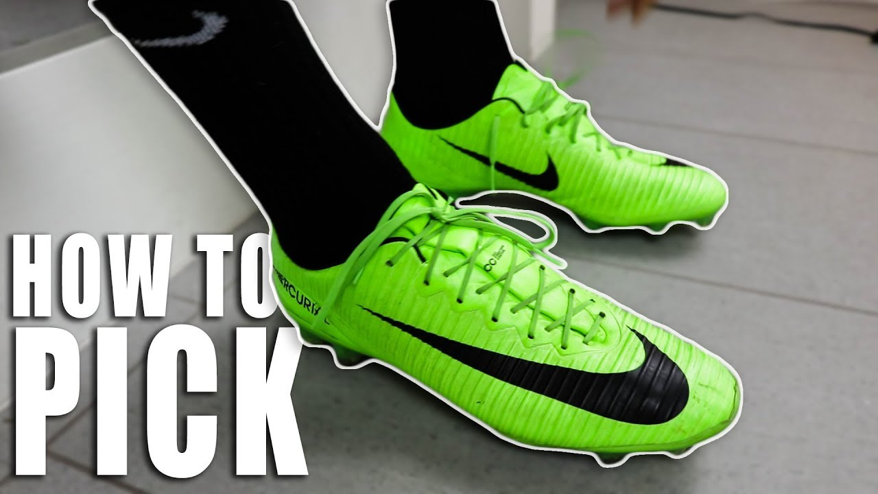 How Pros ACTUALLY Choose Their Soccer Cleats