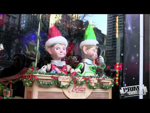 Macy's NYC - Christmas Window Display