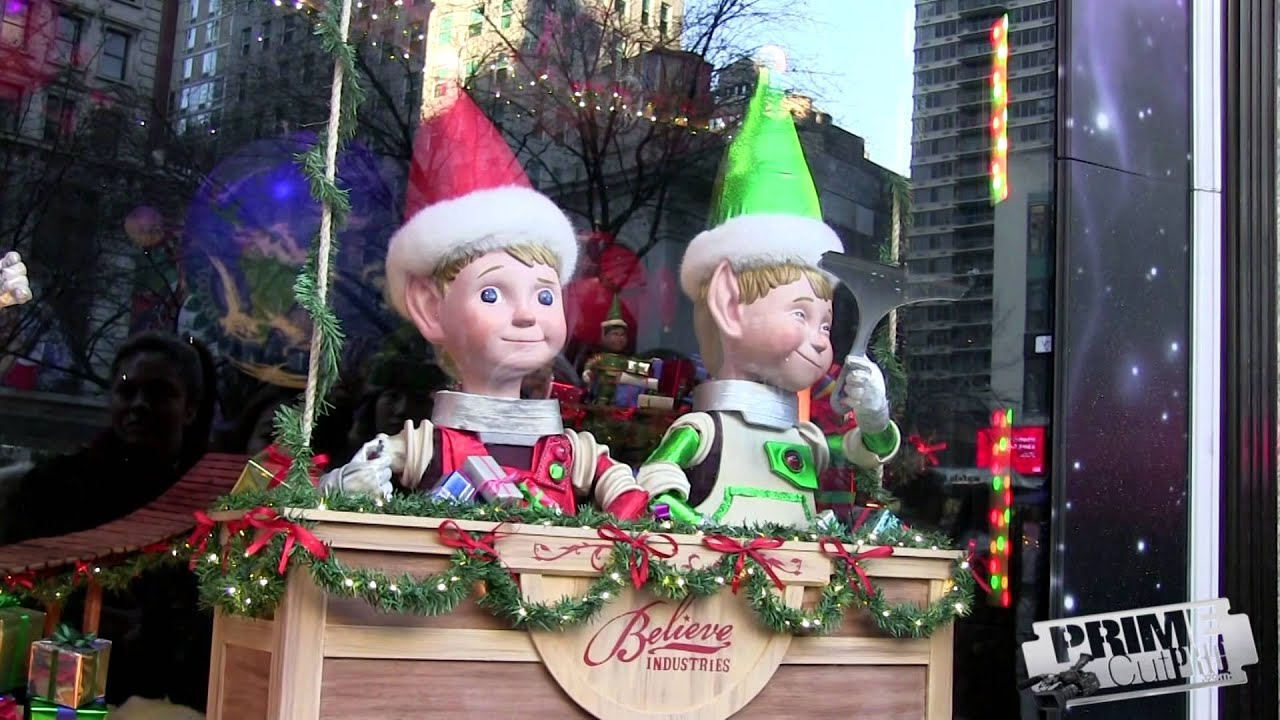 Macy\'s NYC - Christmas Window Display - YouTube