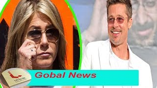Jennifer Aniston spotted wearing engagement ring