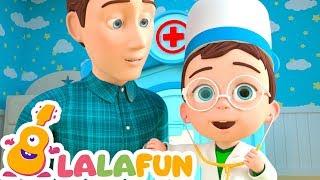 I'm a Doctor & Tutor Song Nursery Rhymes