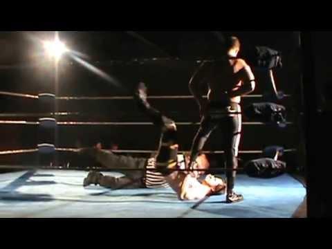 Bruce Maxwell vs AJ. Evers