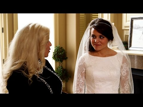 See The Duggar Family's Touching Wedding Dress Tradition | Counting On