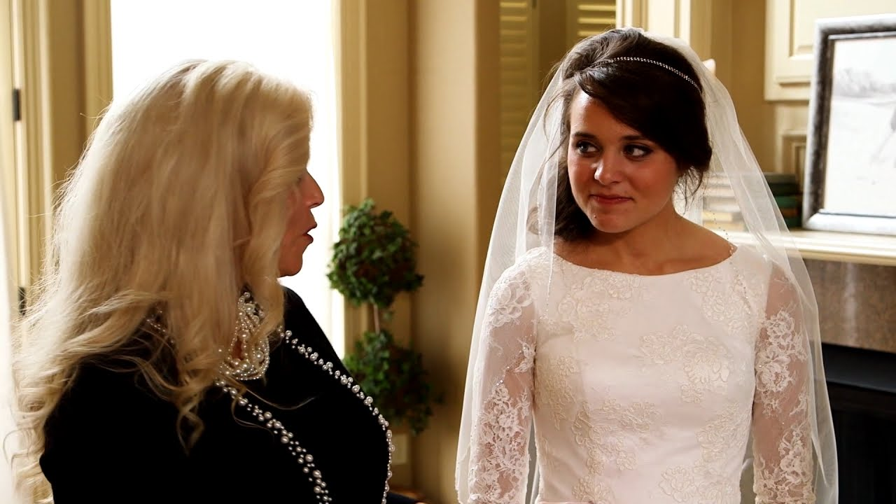 Jinger Duggar Wedding Dress.See The Duggar Family S Touching Wedding Dress Tradition Counting On