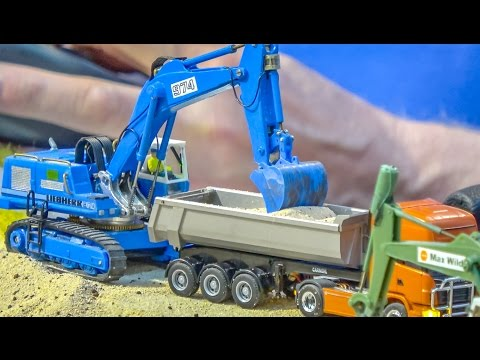 Incredible RC trucks, tractor and excavator in 1/87 scale!