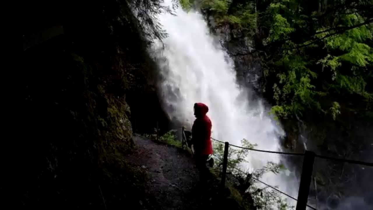 Giessbach Falls in spate