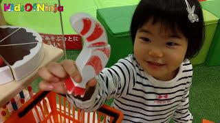 お買いもの ごっこ おままごと 子供とお出かけ 室内遊び場 Toy Velcro Cutting Foods Kid Pretend Play Video