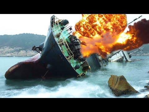 TOP 10 Dangerous Ship Fails Compilation ! Worst Ships Crash Collision