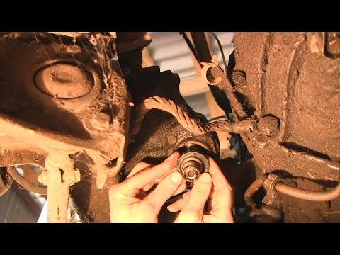 Замена сальника редуктора гидроусилителя руля Mercedes W123