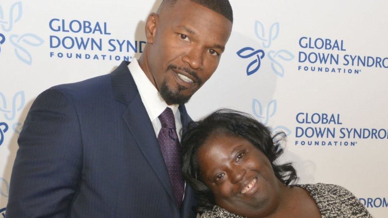 The Tragic Death Of Jamie Foxx's Younger Sister