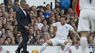 ... josé mourinho invaded onto the pitch and beat olly murs 19/10/2014funny jo...