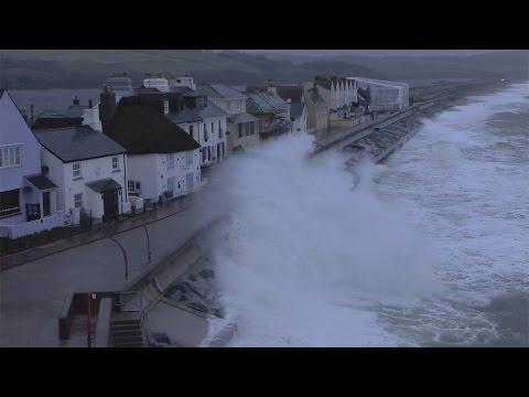 Torcross Storms Nov 13th 2014 village hit by  storm force winds again this year