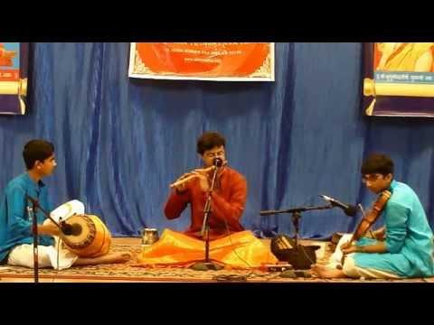 Varnam - Tejasvi Raghunath Flute Concert @ SKV temple