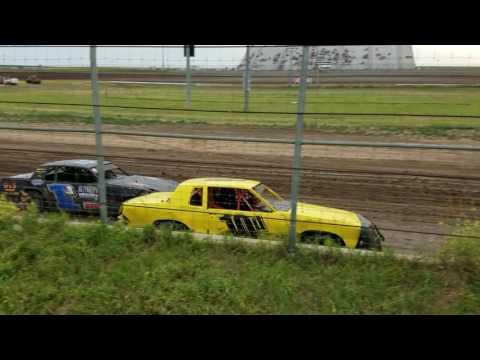 Jakob Egge Racing hobbystocks at Junction Motor Speedway 6/25/16. Heat race got 3rd.