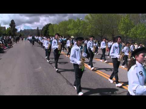 Harbour Pointe Middle School Marching Band at Wenatchee Apple Blossom Parade 2015