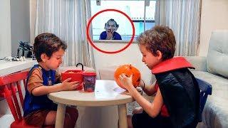 Um Halloween Muito Louco com Paulinho e Toquinho - Especial de Dia das Bruxas 2017