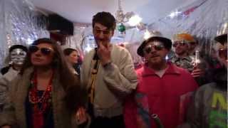 Neonschwarz - In deiner Stadt (Official Video)